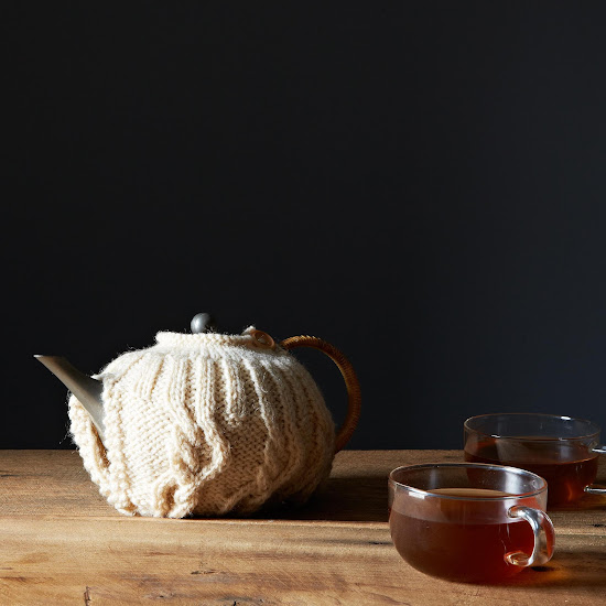 Tea sweater