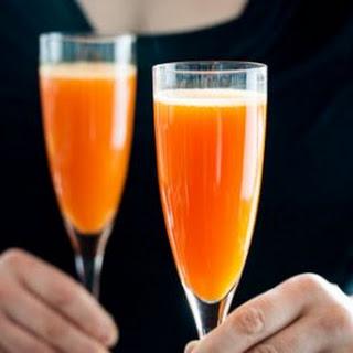 Cardamom-Carrot Sparkling Cocktails.