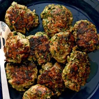 Pork Patties with Lime Leaves and Cilantro