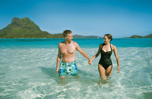 In Bora Bora, Paul Gauguin guests have access to the exclusive private beach on a motu off the coast of the island.