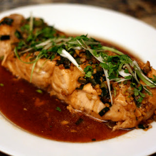 Steamed Salmon with Garlic and Ginger.
