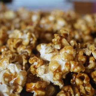 Super Quick Caramel Corn