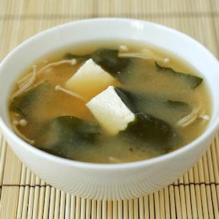 Tofu & Wakame Miso Soup