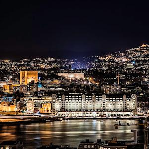 oslo by night.jpg