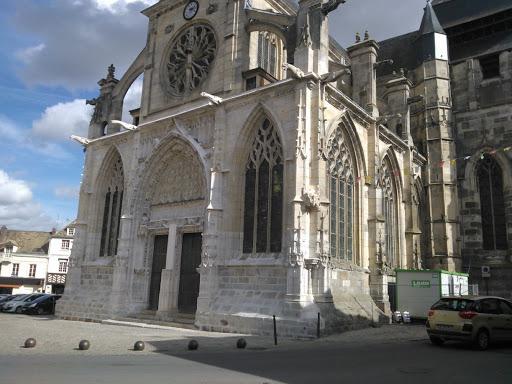 église Houdan