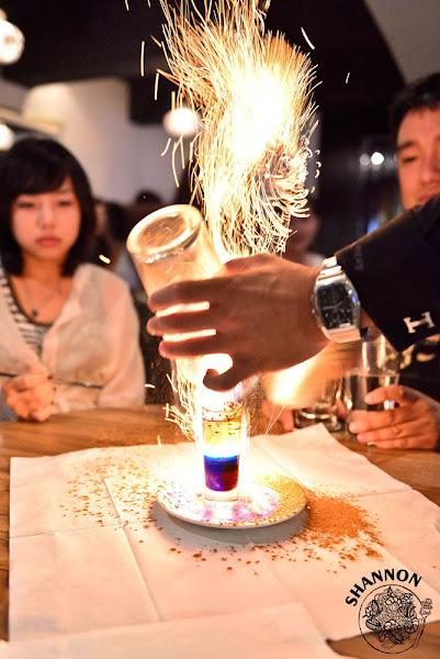 台北大安區[Fourplay]調酒、酒吧、水果酒、烈酒、Bar、cocktail、小點、排餐、義大利麵(捷運大安站)