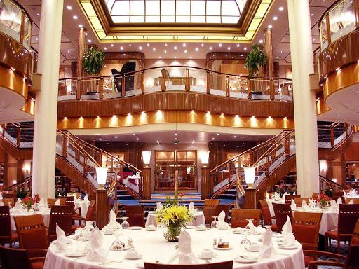 Cunard-Queen-Mary-2-Britannia-Restaurant-2 - All hail Britannia! Inside the Britannia Restaurant, looking toward the entrance, aboard Queen Mary 2.