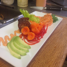Seared Scallops and Salmon Sashimi by Fullerton FireCo - Food & Drink Plated Food ( scallops, food, salmon, plated food, appetizers )