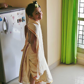 Rohan Raveesh on 23 Aug 2008 dressed up as Kutti Krishna on Janmashtami..... make up artist non other than Meeeeeee..... by Mallikarjun Nath - People Family