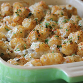 Easy Tater Tot Casserole from SimplyBeingMommy.com.