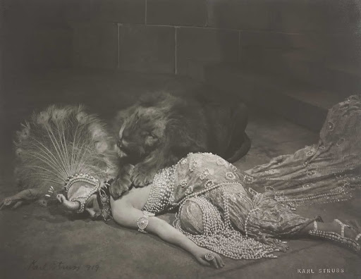 "Gloria Swanson in the Lion's Den — Fantasy Sequence from ""Male and Female"""
