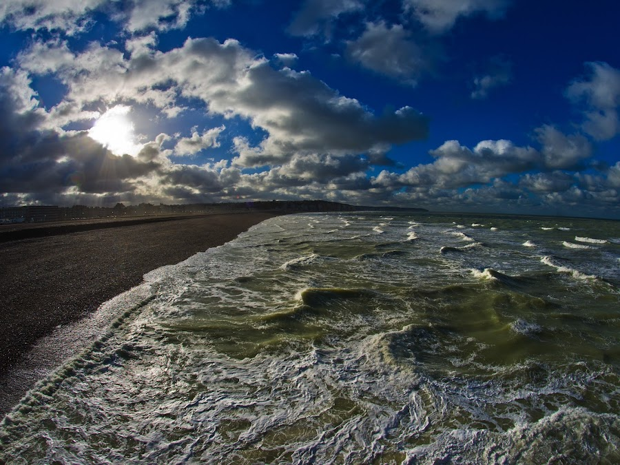 Mer Verte by Bruno Gueroult - Landscapes Beaches ( plage, océan, mer, vague, paysages, france, dieppe, mer verte,  )