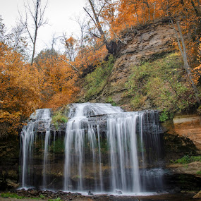 osceola by Sarthak Bisaria - Landscapes Waterscapes ( water, fall colors, winsconsin, green, waterfall )