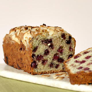 Serviceberry and Poppy Seed Cake Recipe