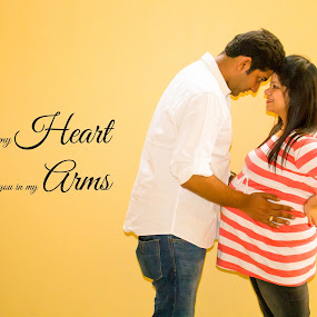 Love the new life by Shrey Chohan - Typography Captioned Photos ( love, dad, maternity, shoot, couple, candid, happiness, mom )