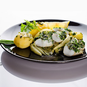 Codfish with potatoes and fennel by Dejan Stanic - Food & Drink Plated Food ( plated, fennel, fish, food, potatoes, codfish )