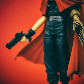 Vincent by Ricardo Rocha - Artistic Objects Toys ( red, toy, object )