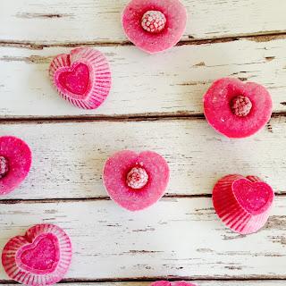 Raspberry Coconut frozen love hearts cupcakes