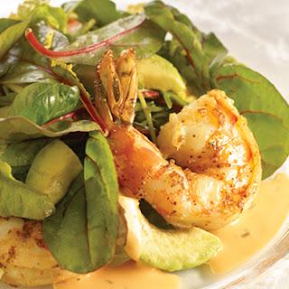 Gemengde Salade Met Avocado En Garnalen