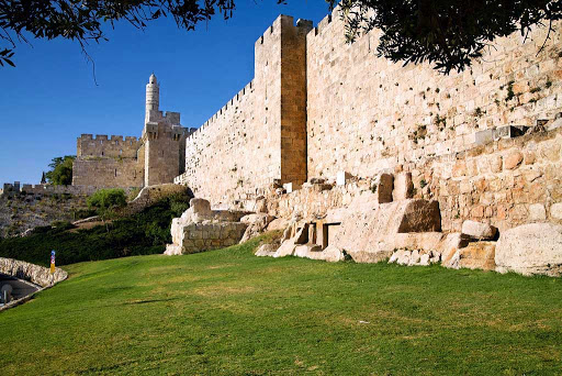 tower-of-david-Jerusalem-Israel - The Tower of David is an ancient citadel located near the Jaffa Gate entrance to the Old City of Jerusalem.