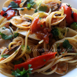 Spaghetti with Clams and Roasted Peppers.