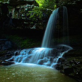 Cloudland Canyon Waterfall by Jermaine Pollard - Landscapes Waterscapes ( water, trenton, park, cloudland, national, waterfall, georgia, canyon, slow shutter, ga,  )