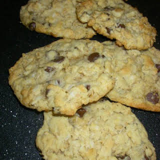 Oatmeal Cookies With Carob Chips.