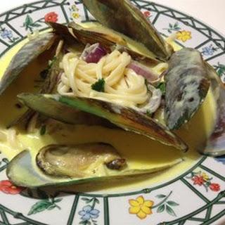 Mussels in Curry Cream Sauce.