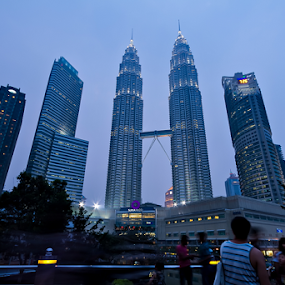 Suria KLCC (Petronas Twin Towers) by Teng Formoso - Buildings & Architecture Office Buildings & Hotels