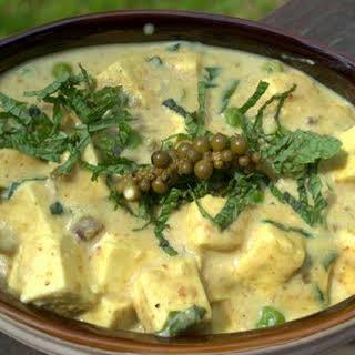 Ramp Makhani (Paneer & Peas in a creamy Ramp Sauce).
