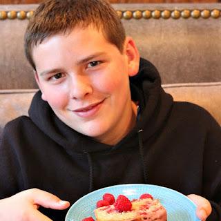 Raspberry- Cinnamon Loaf Cake