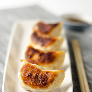 San Xian Potsticker with Pork, Shrimp and Shiitake Mushroom