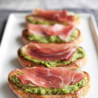 Asparagus & Prosciutto Toasts.