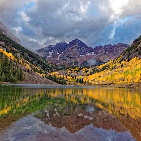 Fall Colors 2014 at Maroon Bells (Aspen, Colorado)Flickr URL: https://www.flickr.com/photos/78840226@N08/16423386052/ by Monish Majumdar - Uncategorized All Uncategorized