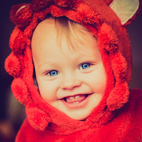 smiles by Keren Woodgyer - Babies & Children Toddlers ( child, face, blonde, toddler, smile, close up )