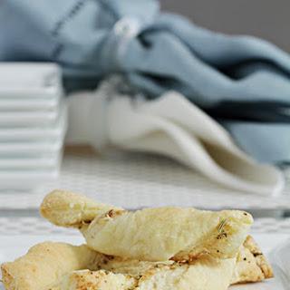 Parmesan-Fennel Twists