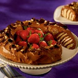 NILLA Chocolate Peanut Butter No-Bake Cake