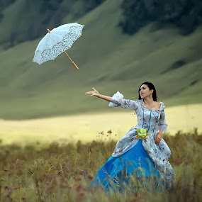 Gone with the Wind... by Ina Herliana Koswara - People Fashion ( fashion, woman, umbrella, beautiful, bromo, portrait )