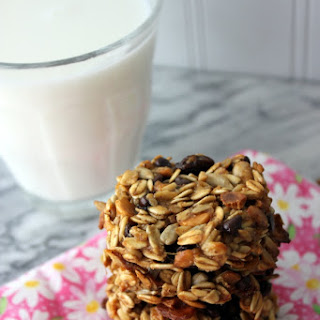 Gluten-Free Meusli Breakfast Cookies