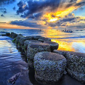more sunshine by I Made  Sukarnawan - Landscapes Sunsets & Sunrises ( sunset, sunrise, landscape )