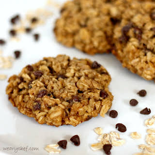 Flourless Cookies with Chocolate Chips and Oatmeal (and eggless too!).