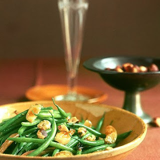 Haricots Verts with Hazelnuts