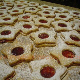 Sandwich Star Cookies.