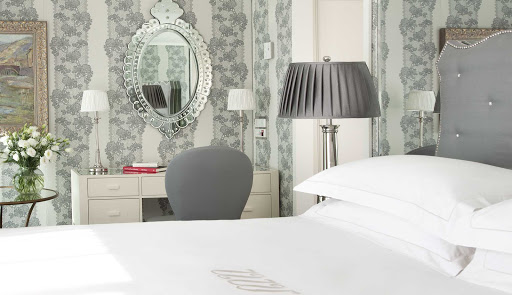 Uniworld-River-Empress-suite-desk - You'll luxuriate in the classically designed River Empress suites as you sail through the historic cities lining Europe's rivers.