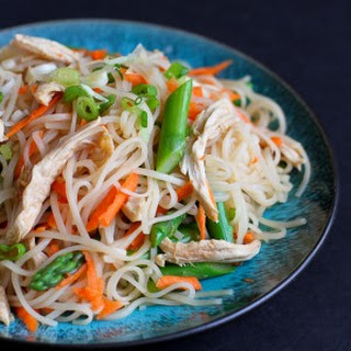 Rice Noodles with Chicken, Asparagus & Soy Ginger Sauce.