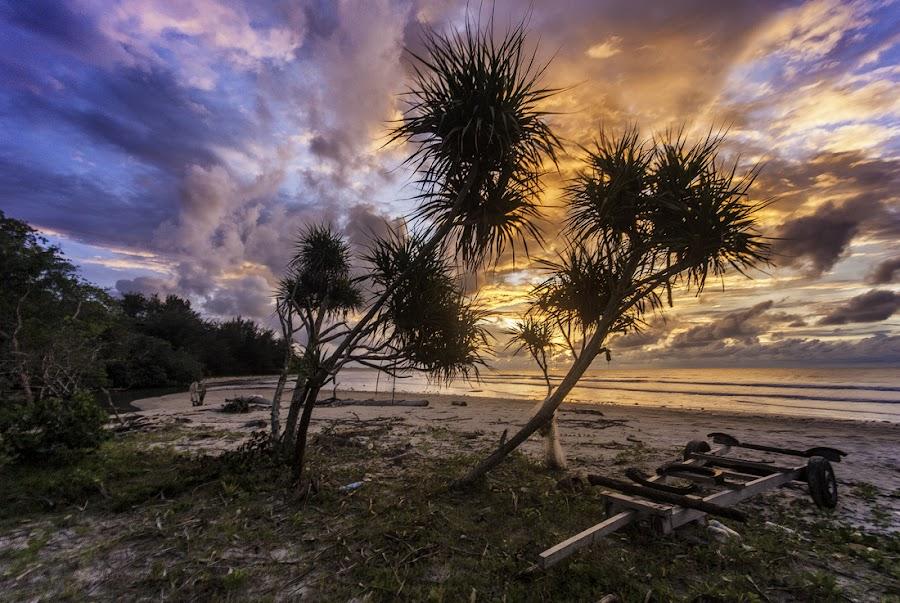 by Fadhil Azizi Esmar - Landscapes Beaches