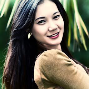 Sweet Malay Girl by Tun Izmir - People Portraits of Women ( melayu, girl, malay, malaysia )
