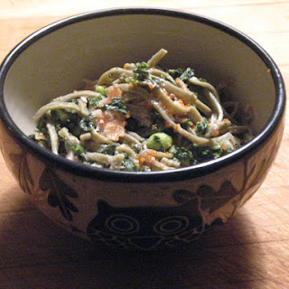 Green Tea Noodles with Tea Smoked Salmon, Edamame, Kale and Lemon Sesame Aioli.