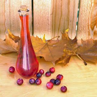 DIY Cranberry Liqueur.