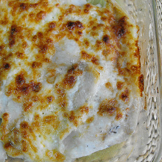 Fish Fillets with Mayonnaise and Mozzarella.